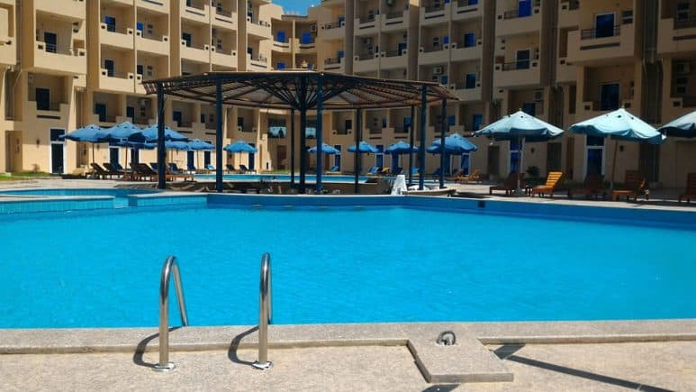 www.apartmentsinhurghada.com - Rental Apartments Hurghada - Tiba Resort - Swimming Pools