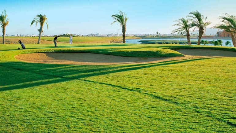 Play Golf in Hurghada and El Gouna - We Have Rental Apartments Close to Golf Courses - www.apartmentsinhurghada.com