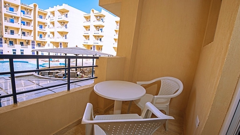 Rental Apartment Close to El Gouna @ Tiba Resort Hurghada - Book Your Dream Stay Online - www.apartmentsinhurghada.com