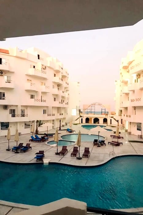 Book a Holiday Rental With Unobstructed Panoramic Sea Views in Hurghada With Balcony - Tiba Resort Hurghada - Book Online on www.apartmentsinhurghada.com