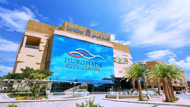 Holiday Rentals at Sheraton Plaza Hurghada - Only a Few Mins Drive From Hurghada City Center Mall - Book Online on www.apartmentsinhurghada.com
