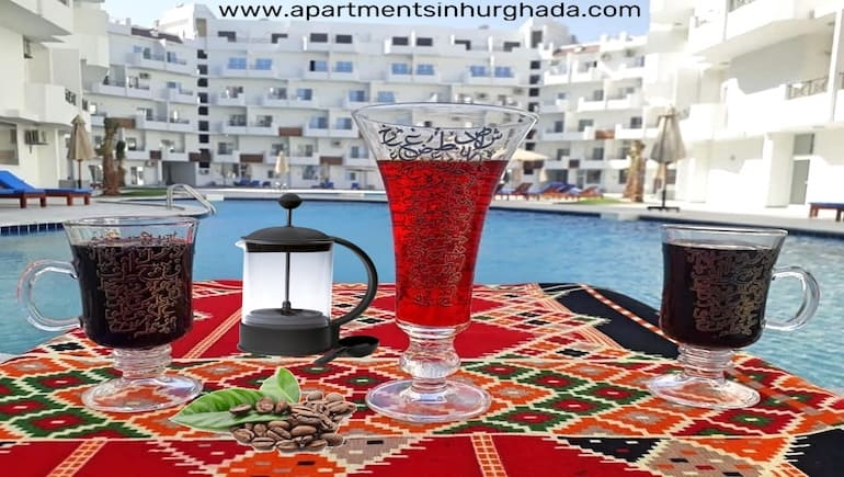 Book a Holiday Rental in Hurghada at Tiba View - Seaview Apartment - Enjoy the Tiba View Restaurant & Shisha Corner - Book on www.apartmentsinhurghada.com -